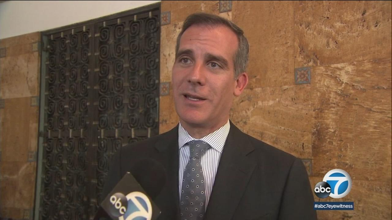 LA Mayor Eric Garcetti will visit a facility near El Paso, Texas, and join a bipartisan group of mayors to condemn the Trump administrations treatment of illegal immigrants.