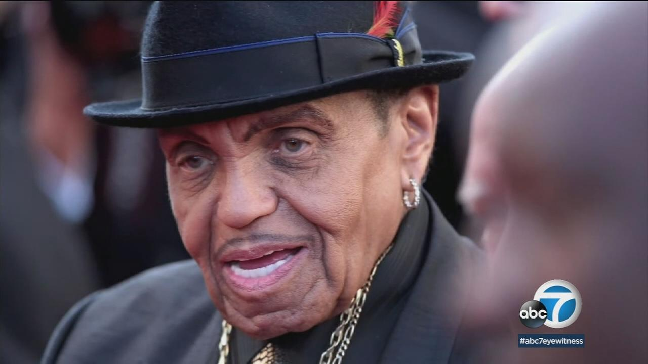 Jackson family patriarch Joseph Jackson has been buried at Forest Lawn Memorial Park in Glendale.