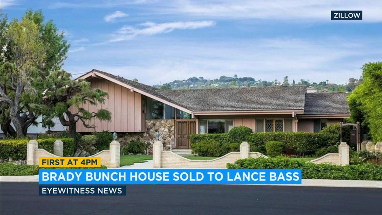 The Brady Bunch house in the San Fernando Valley has been sold to former pop star Lance Bass.