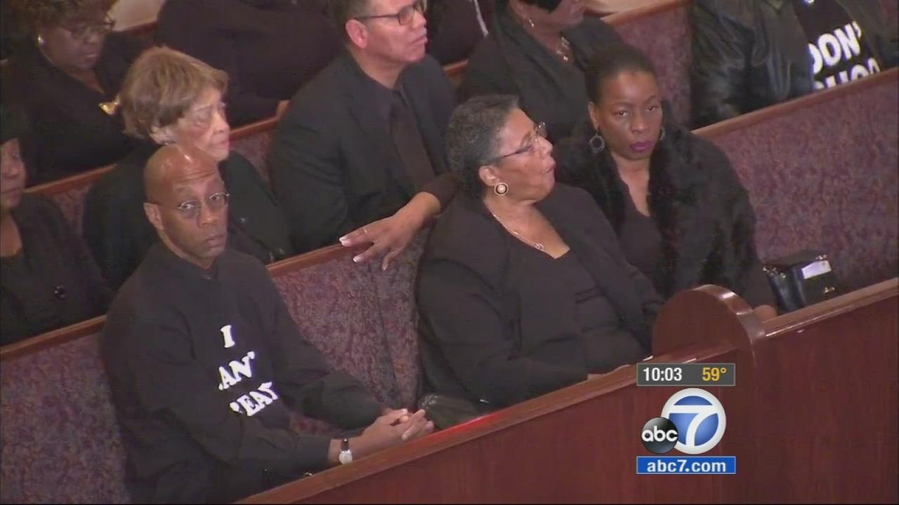 Parishioners at First AME Church in South Los Angeles wear black during Black Solidarity Sunday on Sunday, Dec 14, 2014.