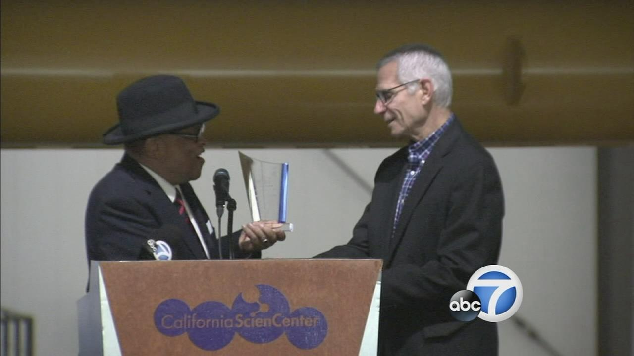 ABC7 President and General Manager Arnie Kleiner received the Courage and Vision Award at the annual Dr. Martin Luther King Jr. Prayer Breakfast on Monday, Jan. 19, 2015.
