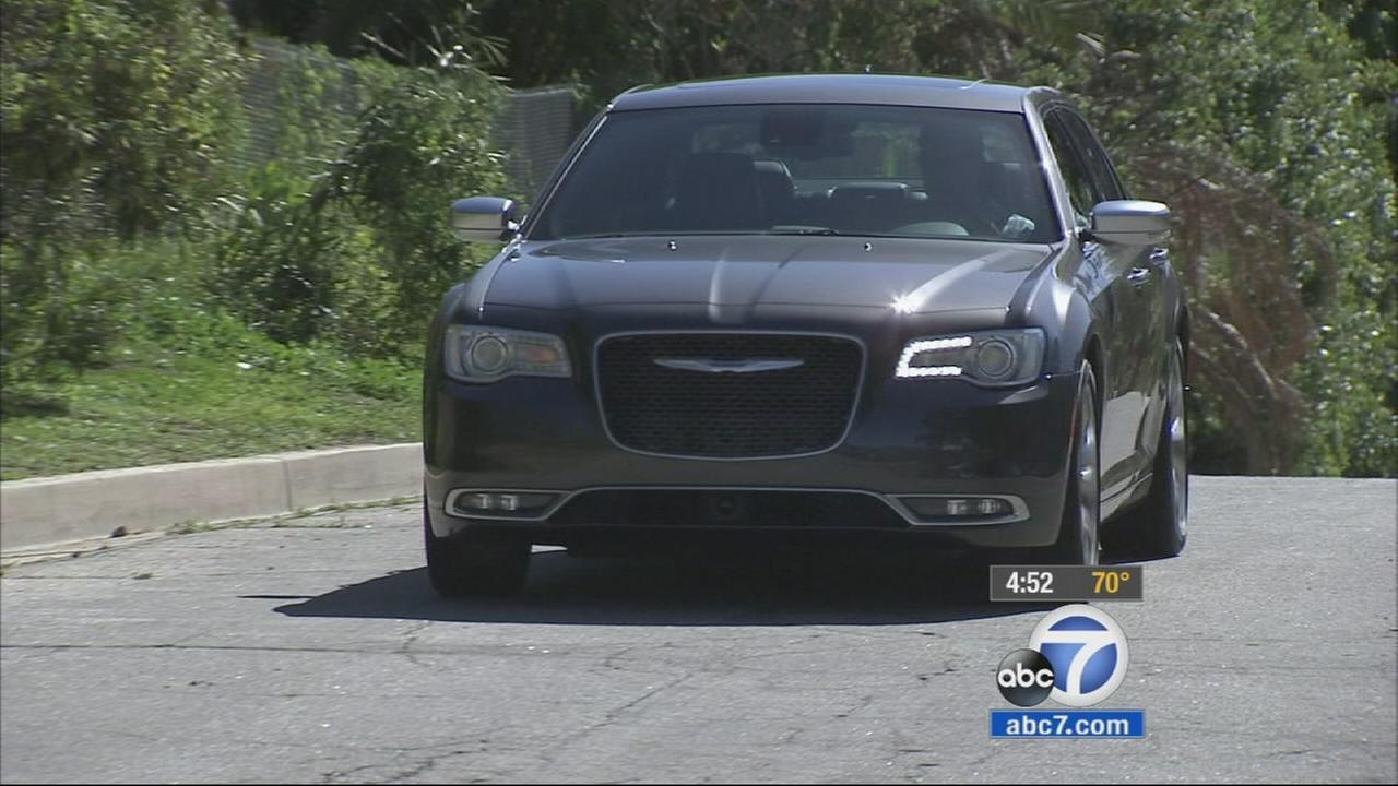 A recently revamped Chrysler 300 sedan brings the companys mainstay into premium territory.