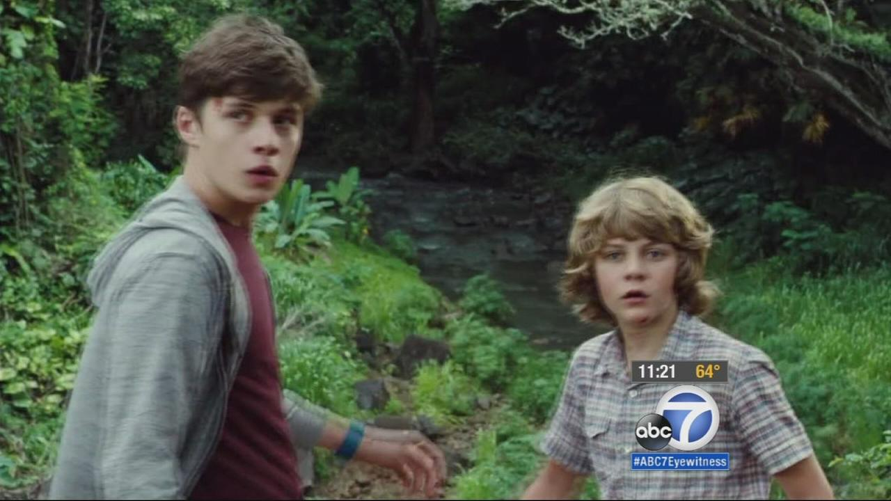 Ty Simpkins and Nick Robinson play brothers in Jurassic World.