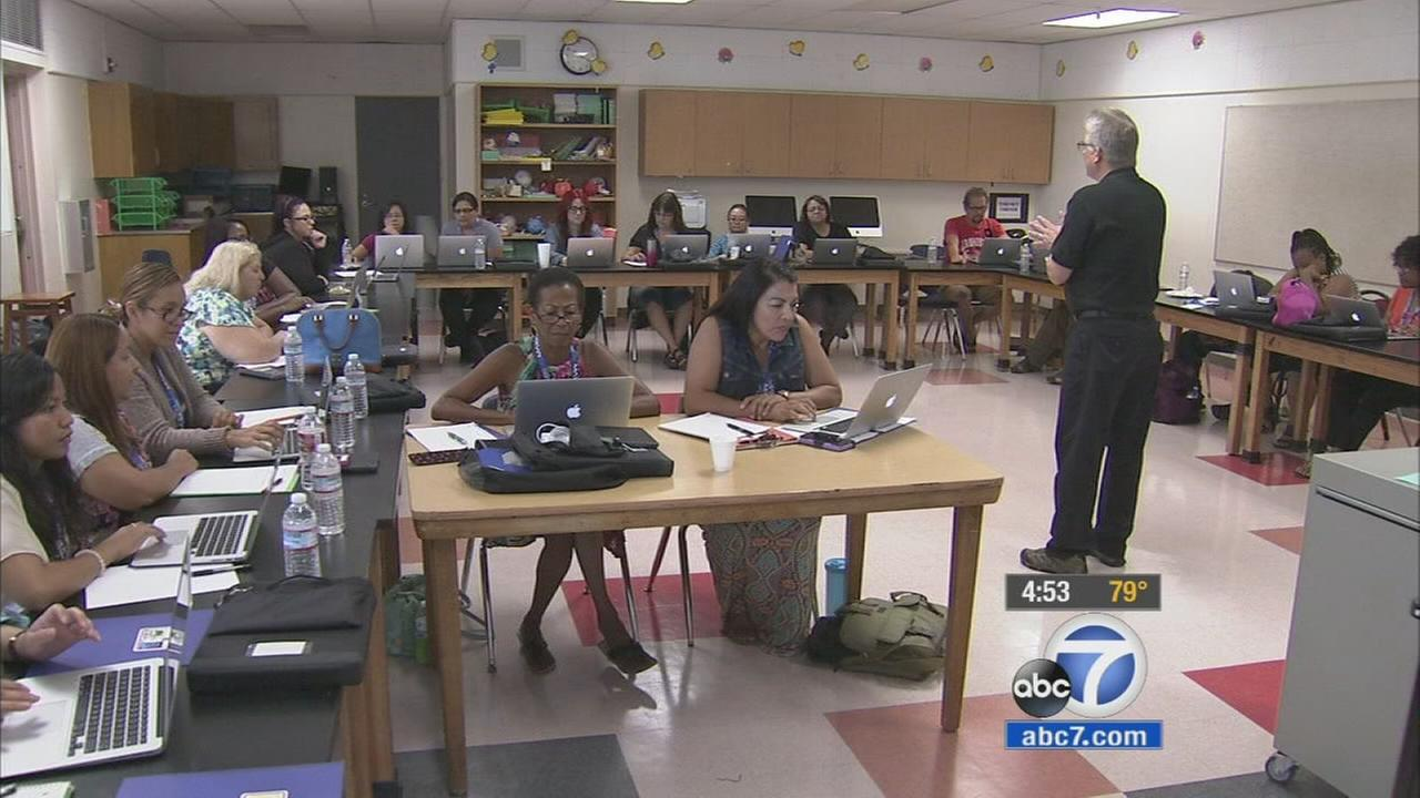 Compton Unified teachers are learning how to integrate new technology into their classrooms.