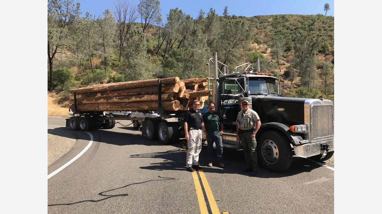 Logging truck helps Mariposa County authorities stop high speed pursuit suspect