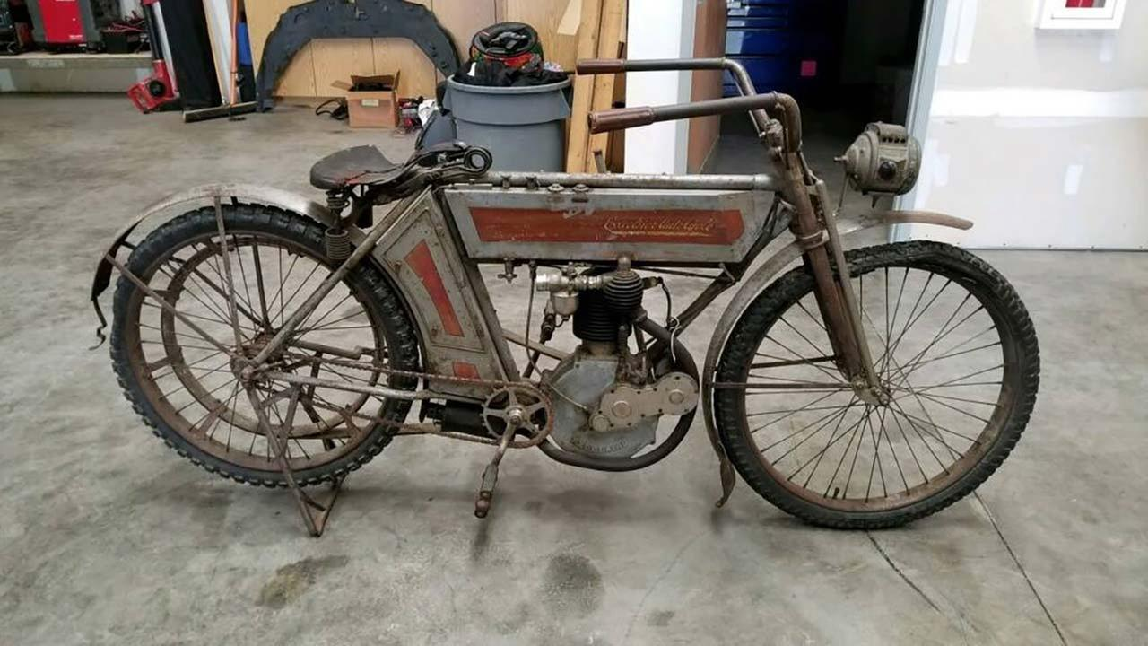 Fresno HEAT investigators recover rare antique motorcycle