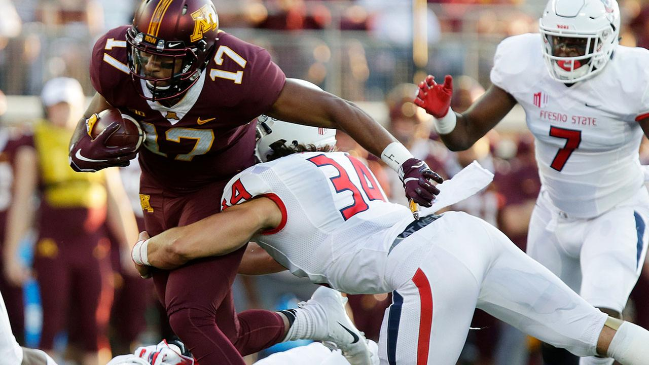 Bulldogs comeback comes up just short v. Minnesota