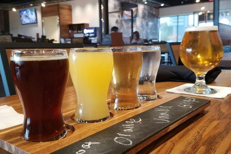 Rileys Brew Pub.| Photo: Crystal C./Yelp