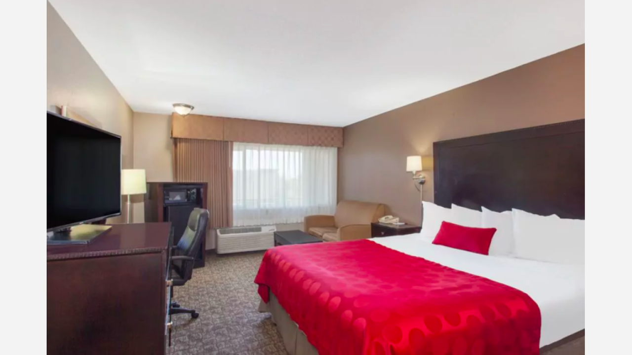 3 Hotel Deals For A Fresno Weekend Staycation