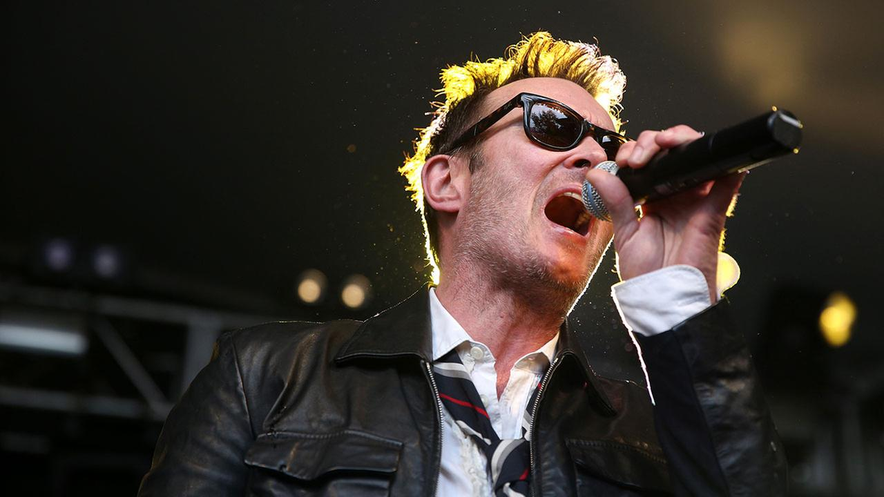 Scott Weiland and the Wildabouts perform at the Rachael Ray Feedback Party at Stubbs during SXS on March 21, 2015, in Austin, TX. (Photo by Rich Fury/Invision/AP)