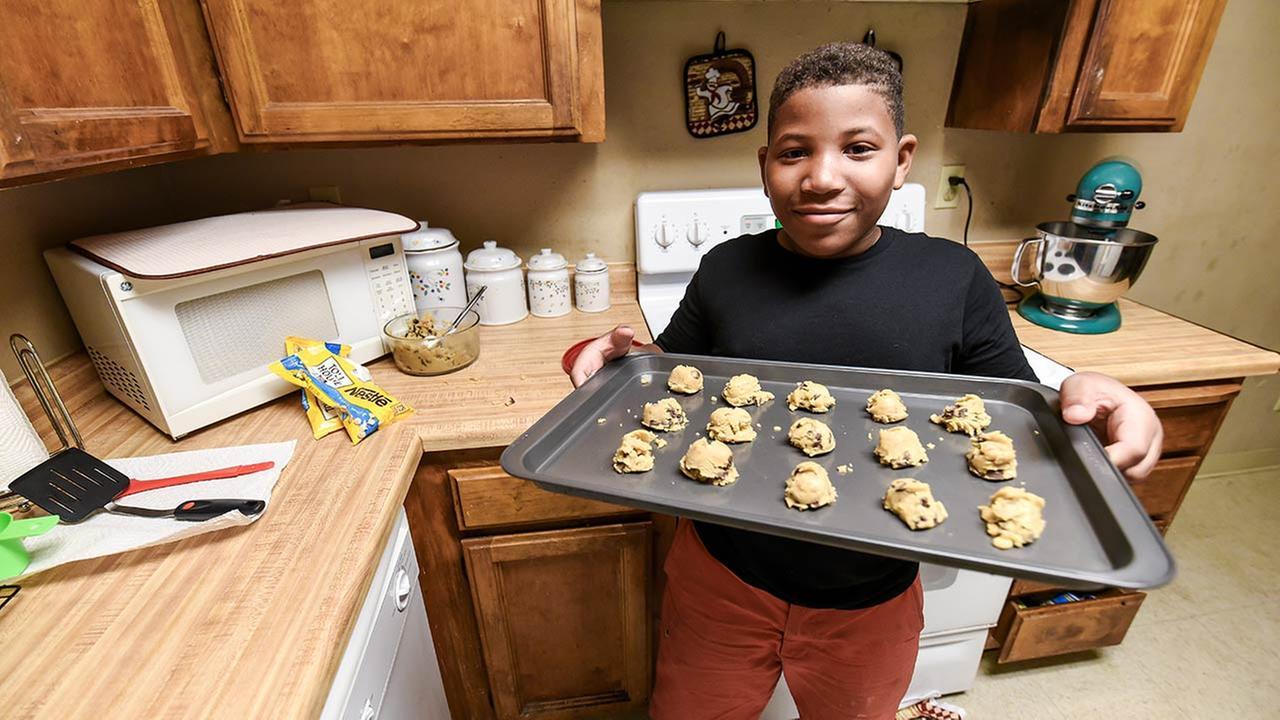 SWEET: Third-Grader Bakes