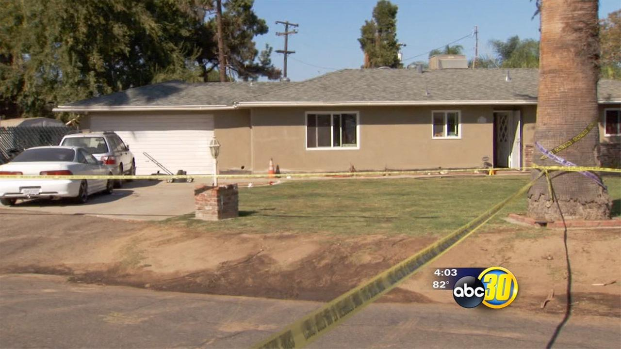 Teenager stabbed in neck by boyfriend in Fresno County