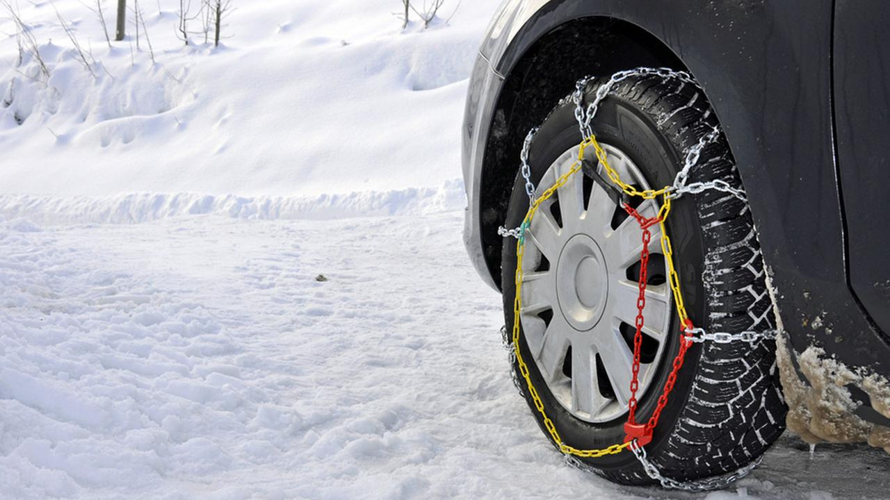 Chain Controls and Winter Driving Alerts