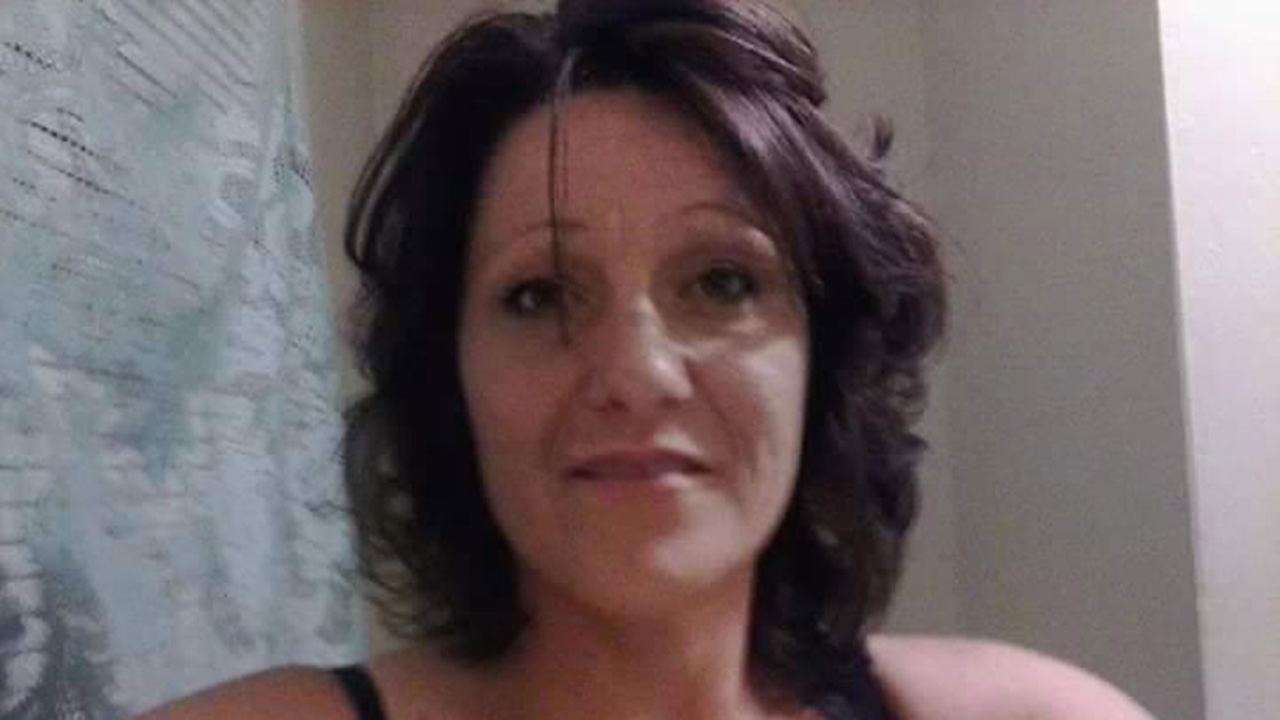 40-year-old Cindy Alias