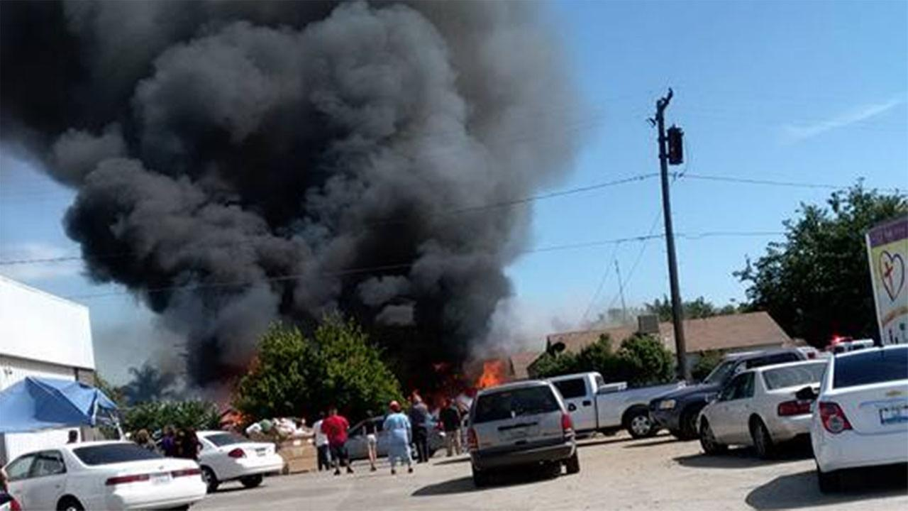 Fire on Tulare and Latimer street in Tulare