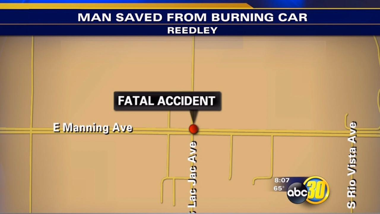 Officers save passenger in fatal crash near Reedley