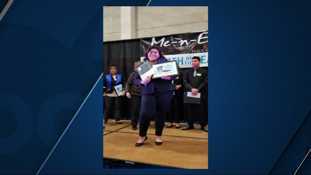 For winning -- she received a $500 Visa gift card -- pizza for a year -- and a college scholarship reimbursement.