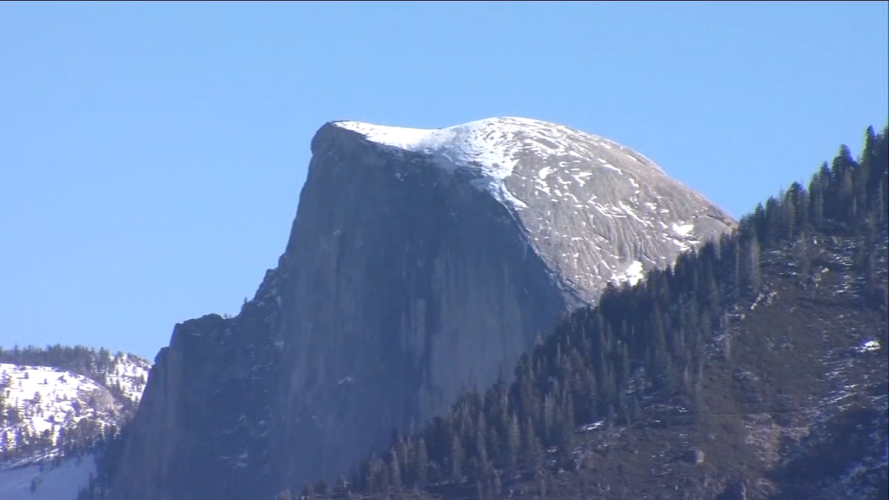 Yosemite beginning to reopen following end of government shutdown