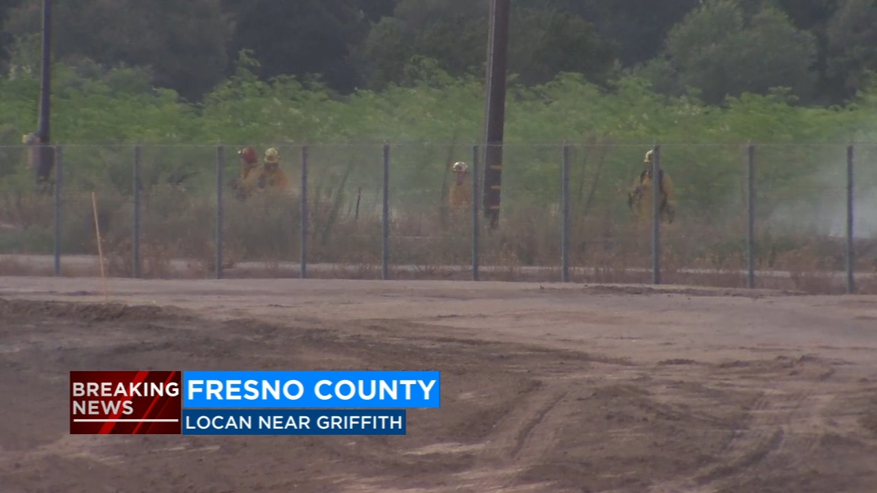 A power pole fire has caused a major power outage in Fresno County.