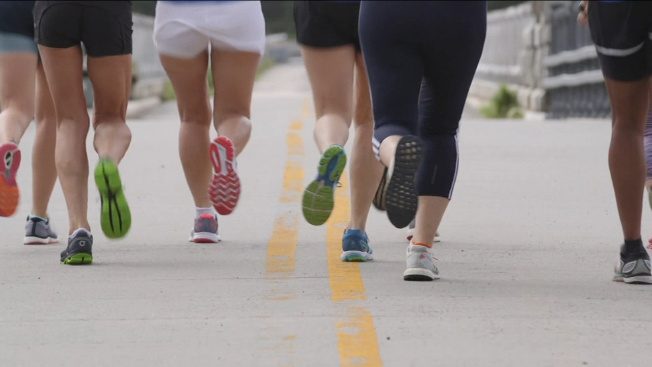 Lace up your sneakers as Consumer Reports breaks down the different benefits of running vs. walking.