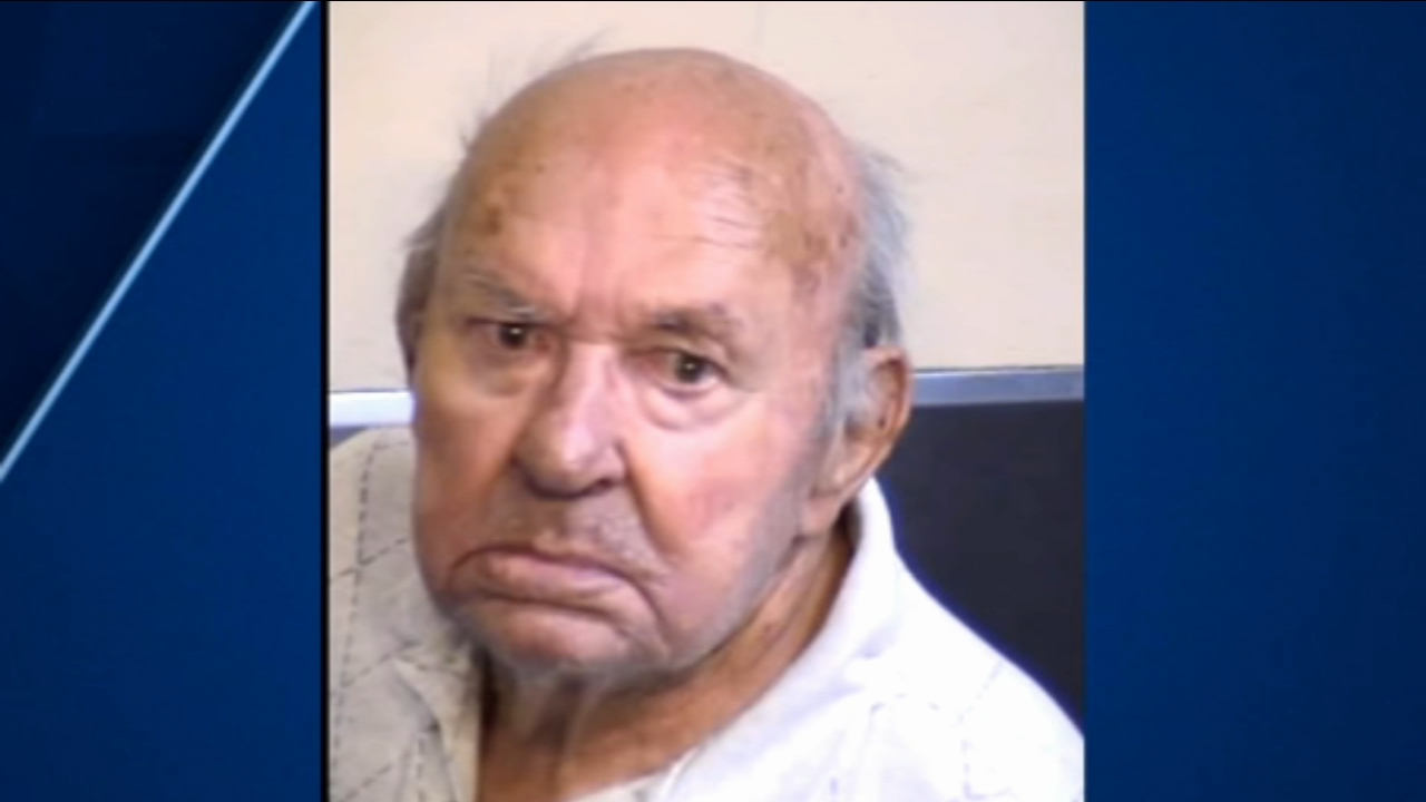 A look behind the curtains of a Coalinga familys life reveals troubling details leading up to Friday when an 84-year-old man shot and killed his wife.