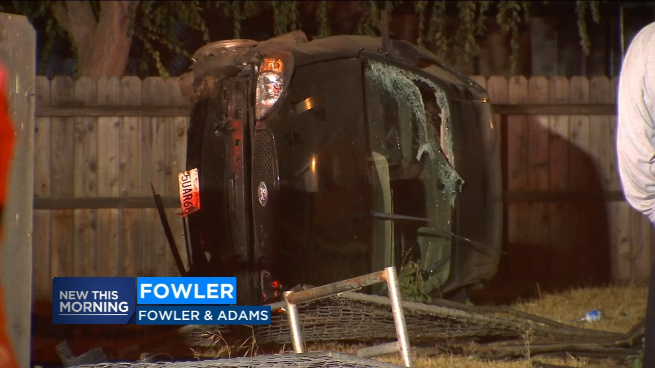Driver crashes into house in Fowler.