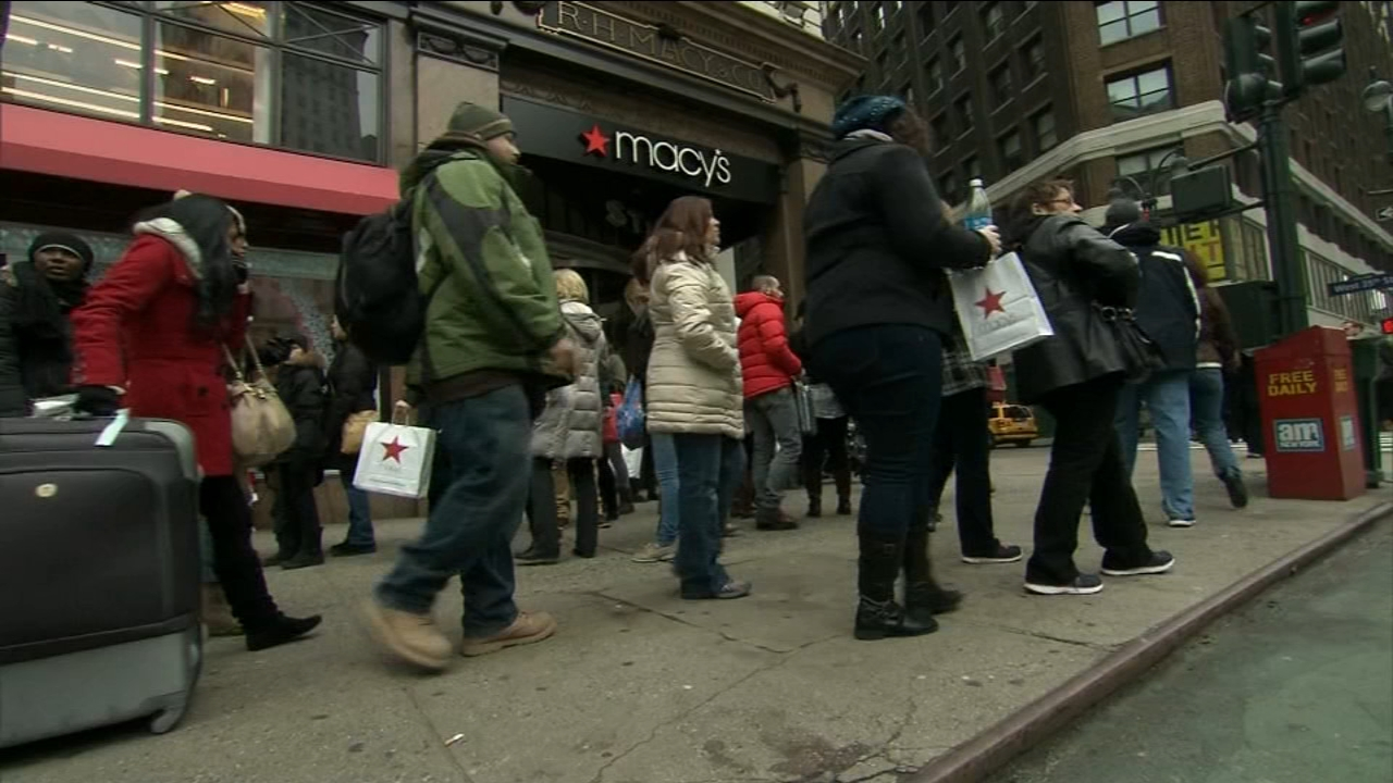 Die-hard Black Friday shoppers will be happy to know Macys will kick off their Black Friday early.