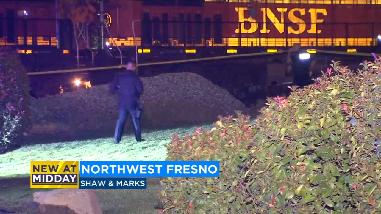 Man dies after being hit by Amtrak train hand rail in Northwest Fresno