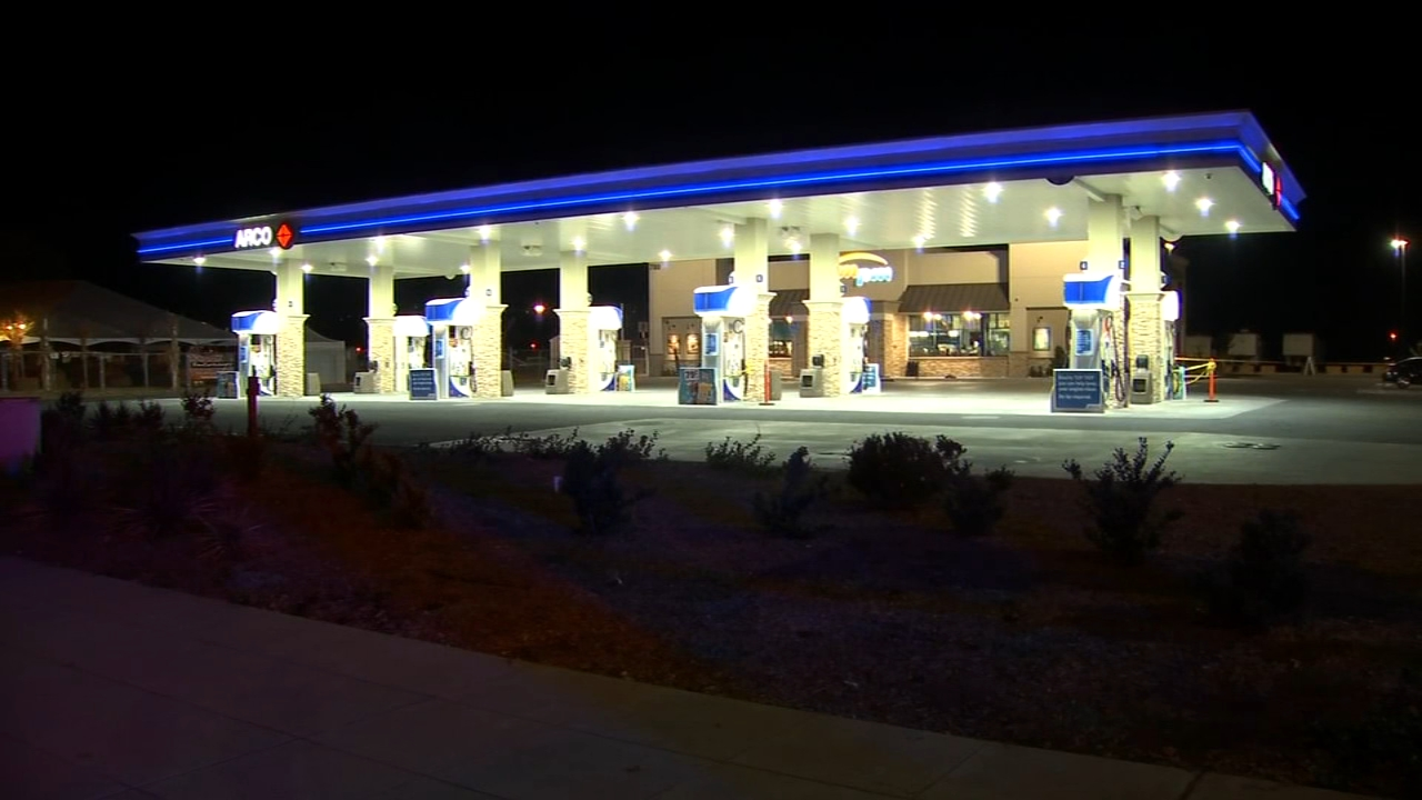 Two injured in shooting at Northeast Fresno gas station