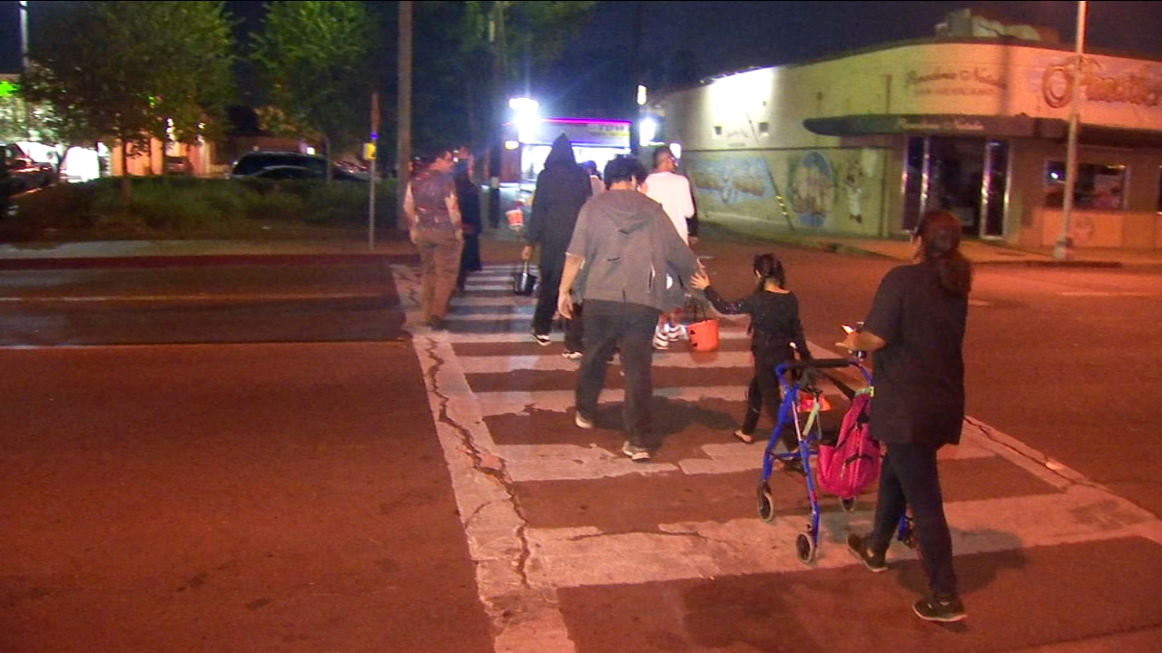 Police warn parents about uptick in auto-pedestrian accidents on Halloween