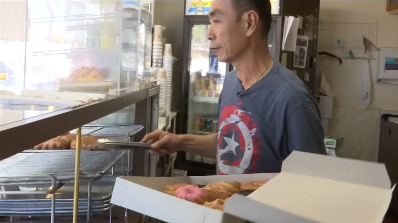 Community buys out donut man daily to help him see recovering wife