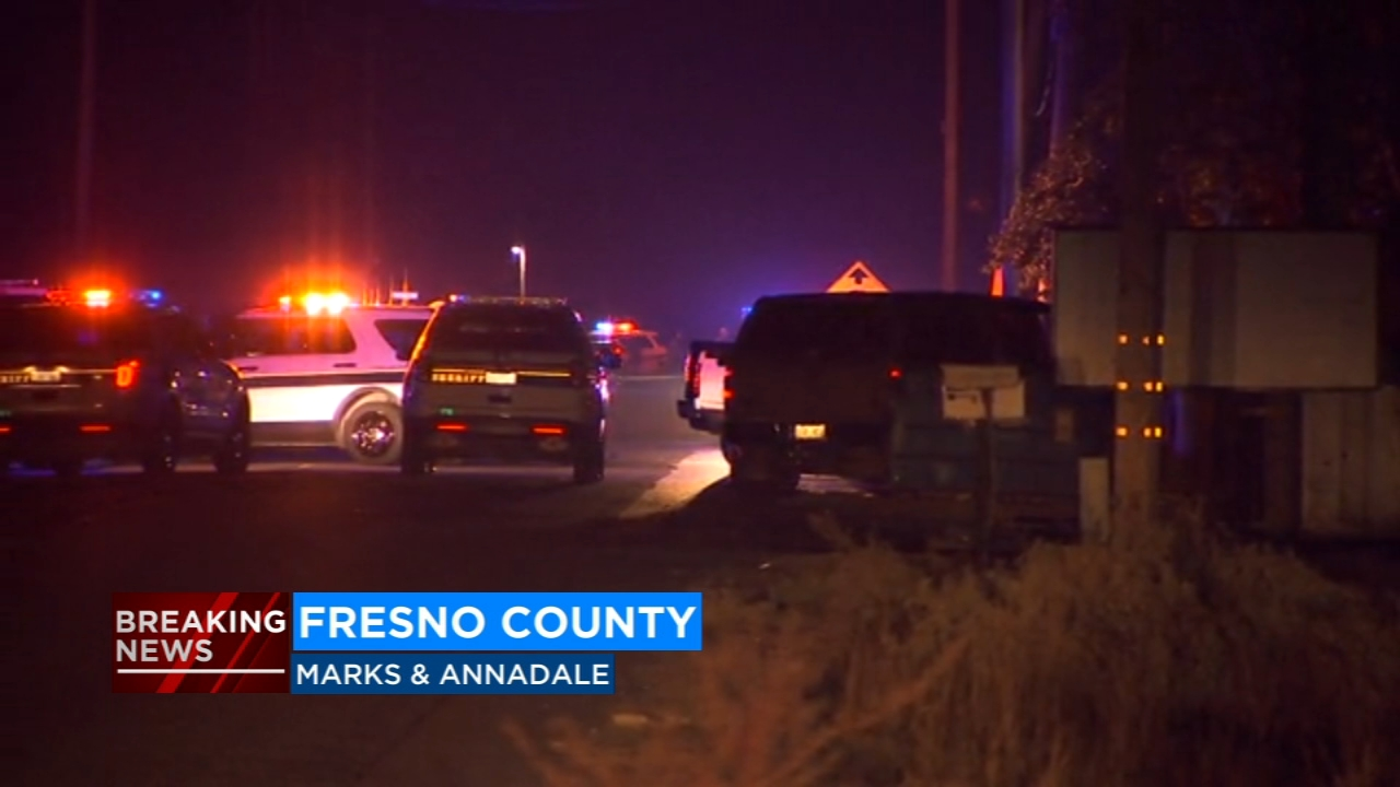 Fresno County Sheriffs deputies are investigating a shooting near Marks and Annandale Avenues that happened Saturday evening.