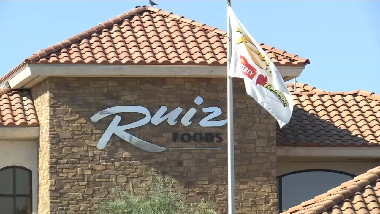 Ruiz Foods team members in Dinuba collected thousands of pounds of non-perishable food items to make sure people in the community do not go a day without food.