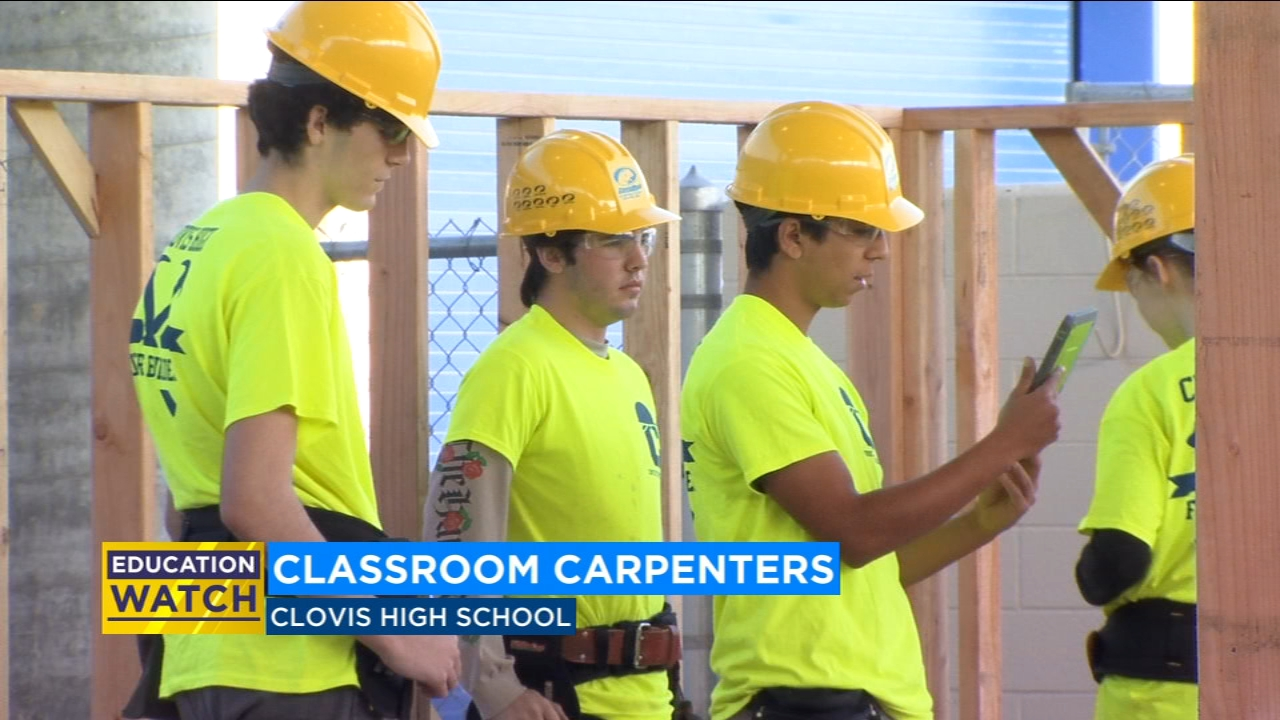 Some Clovis High School students are getting some real-life experience in construction.