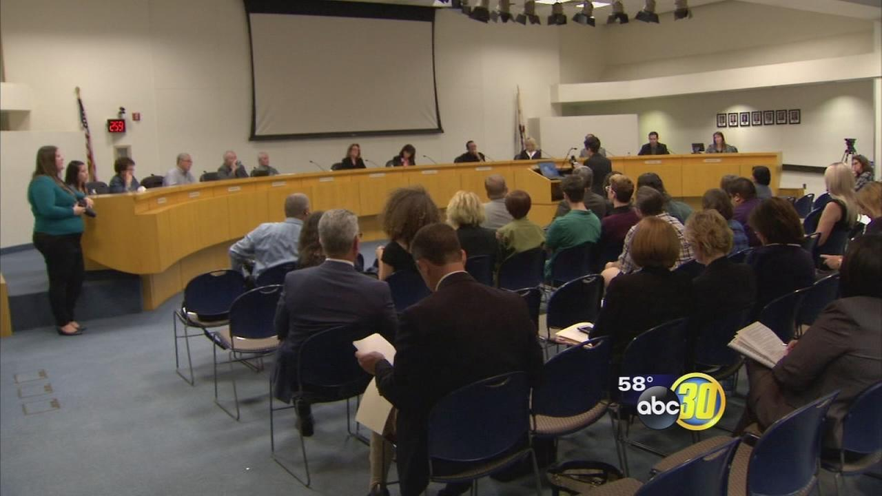 Students and parents attend Clovis Unified meeting to try and change dress code policy