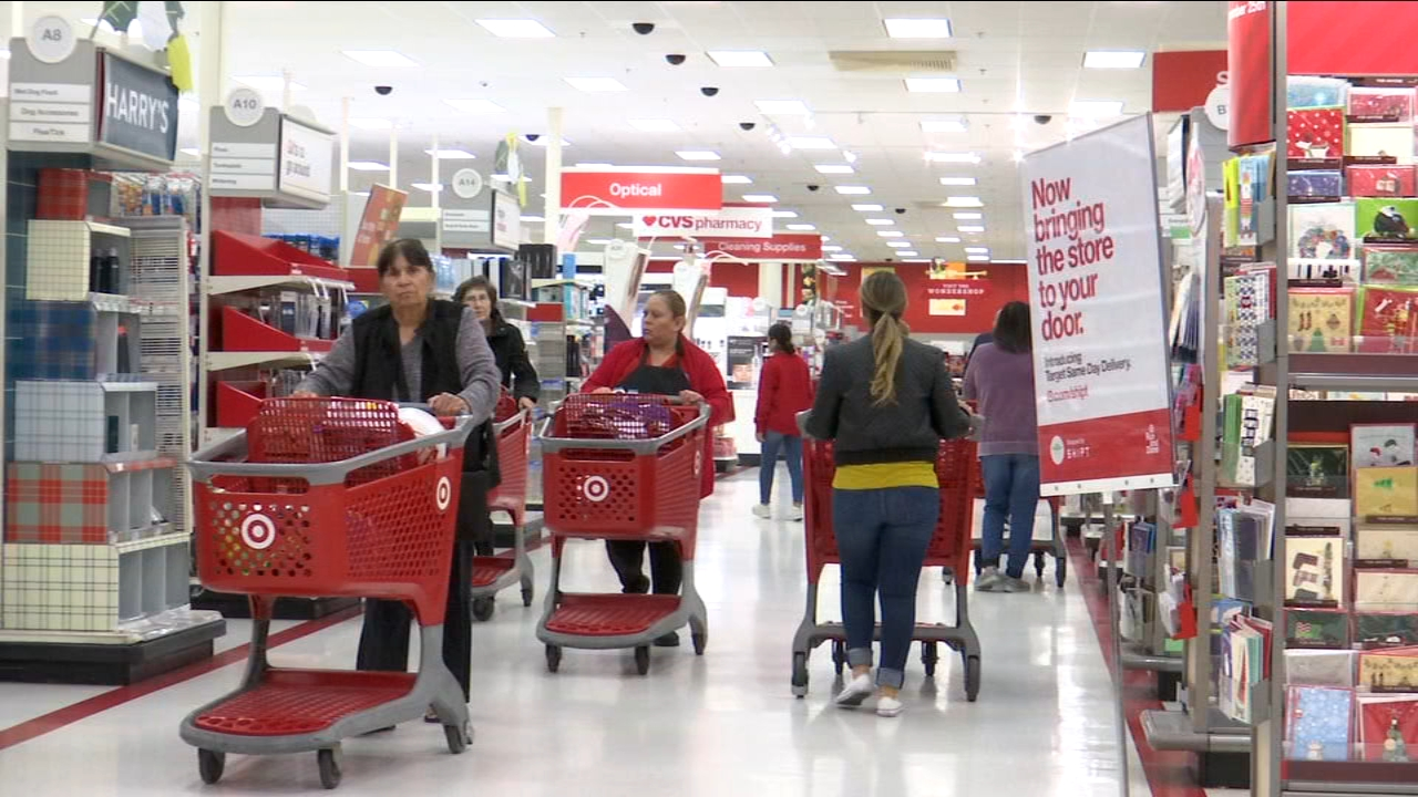Last minute shopping? Heres a list of stores open on Christmas Eve in Fresno