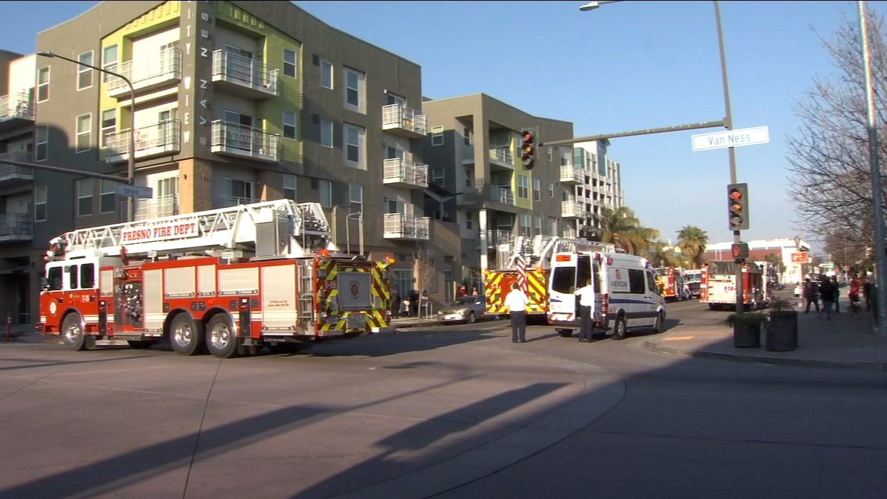 Fire breaks out in Downtown Fresno apartment