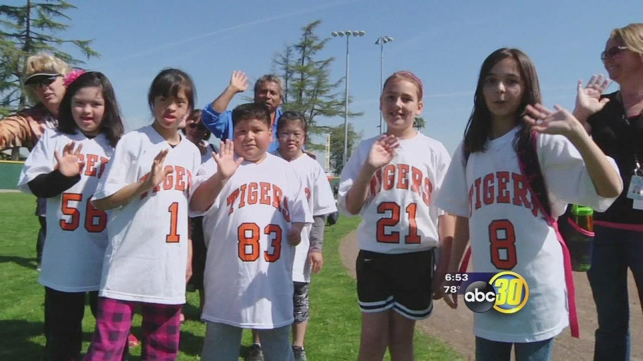 Kerman high hosts softball program for kids with special needs
