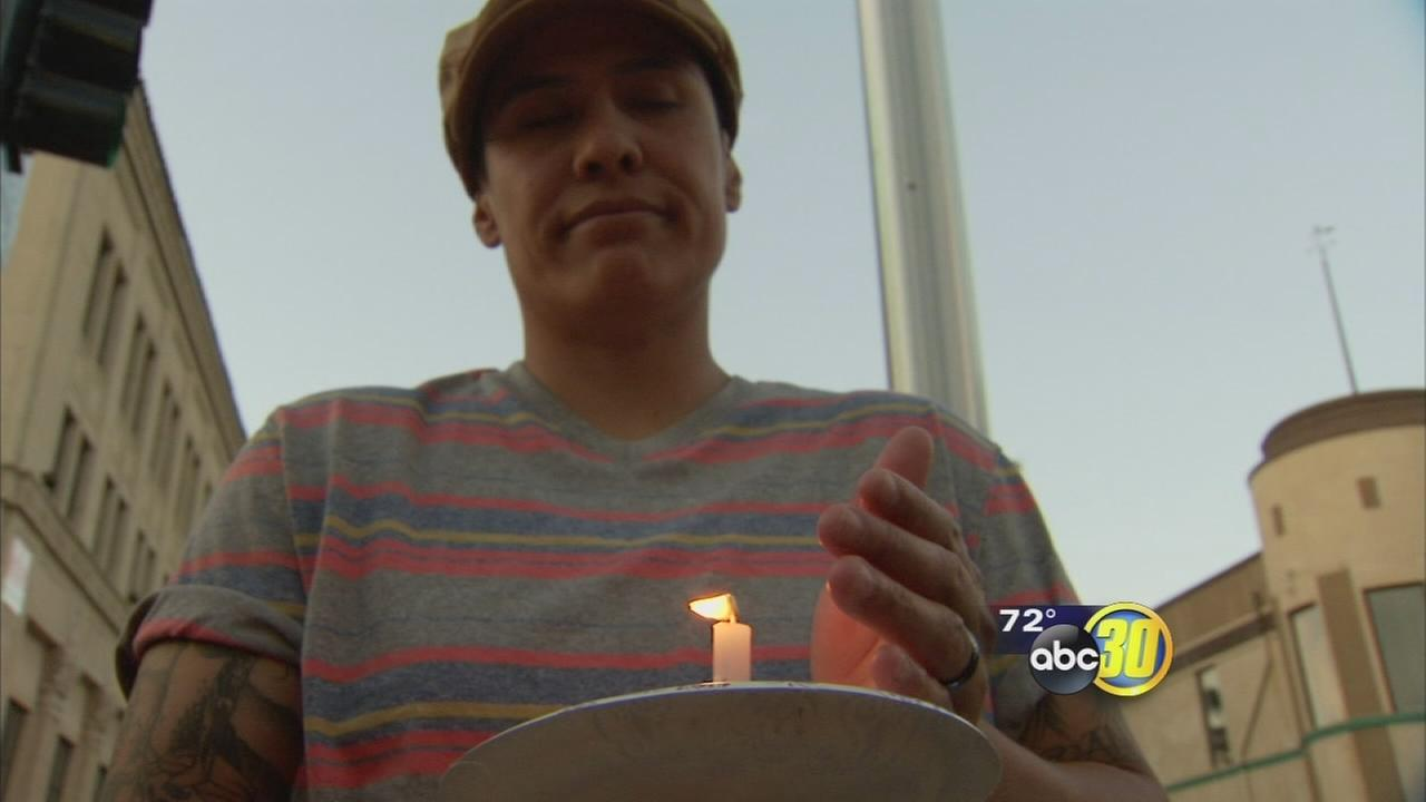 Candles light Downtown Merced in solidarity with victims of Orlando mass shooting