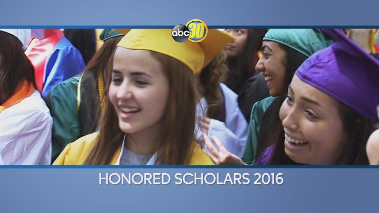 Honored-Scholars_2016