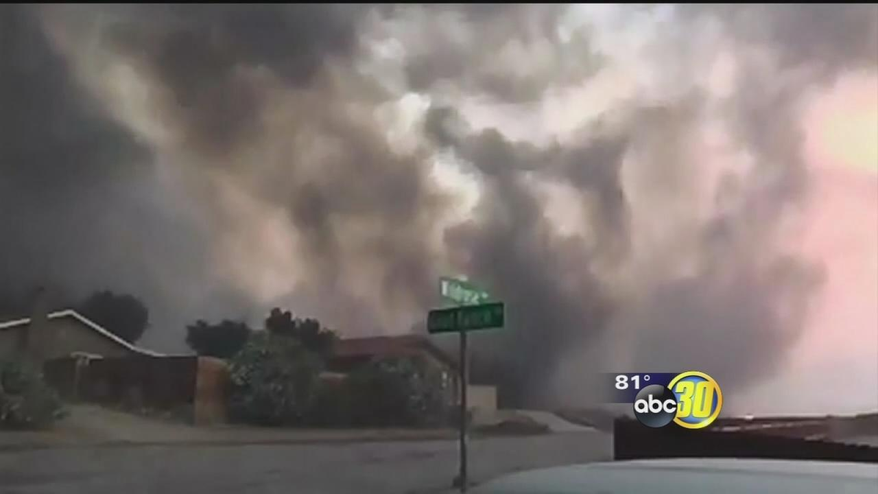 Kern County wildfire explodes in size, devastates community as residents evacuate