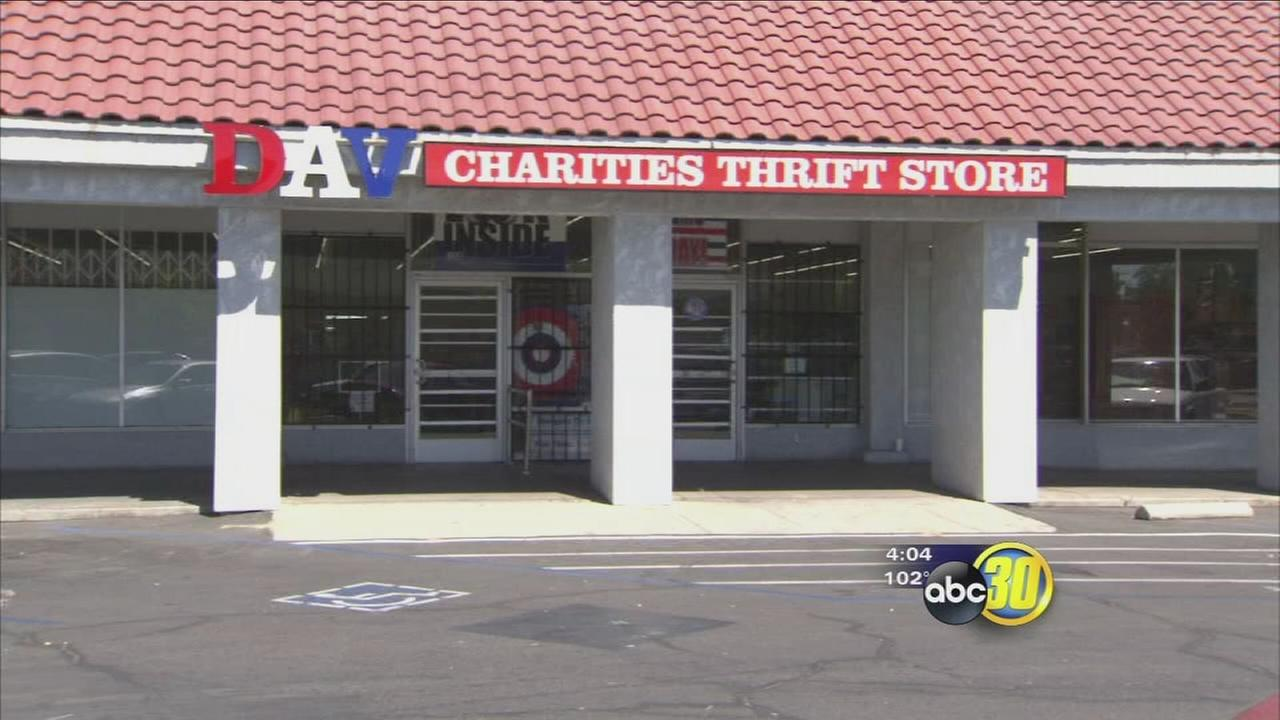 Fresno Police looking for man who robbed thrift store in Central Fresno