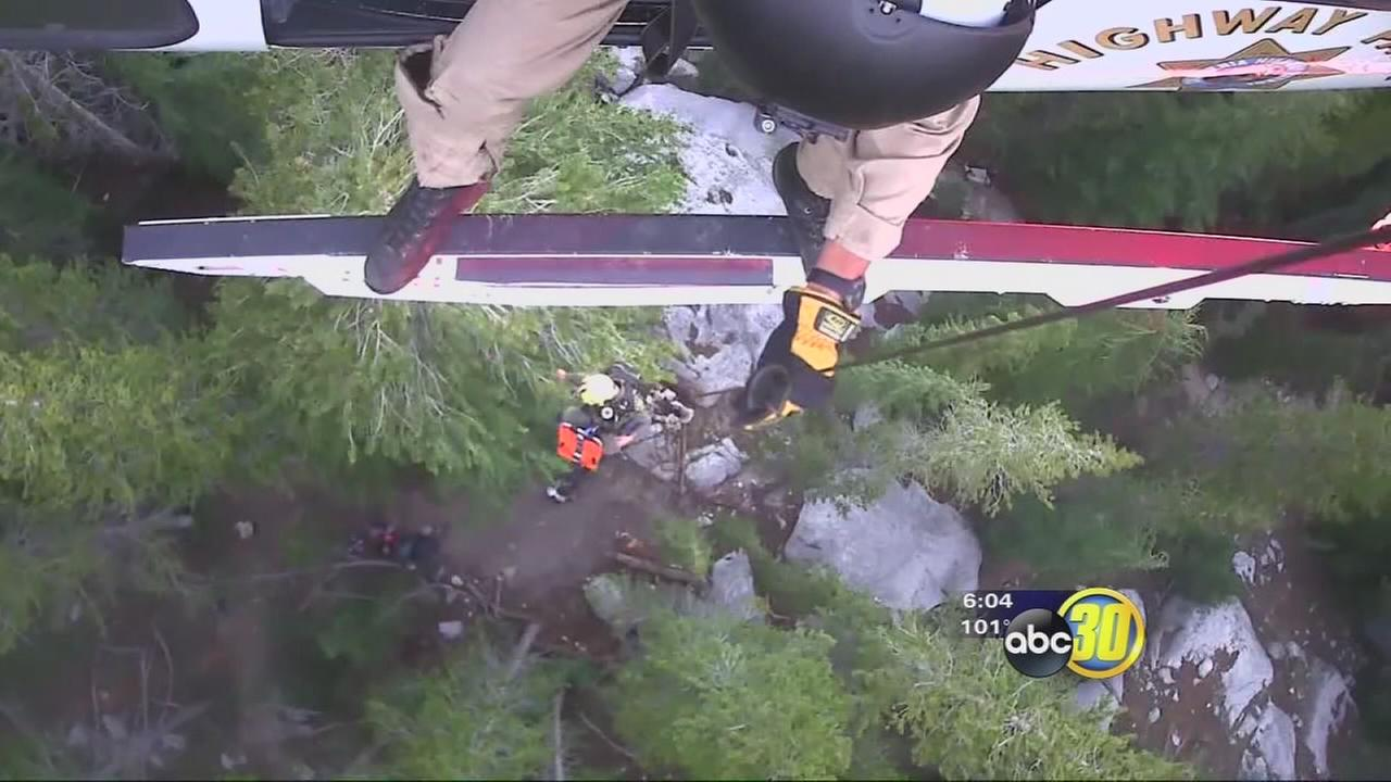 VIDEO: CHP, Fresno County Sheriffs Office rescue PCT hiker
