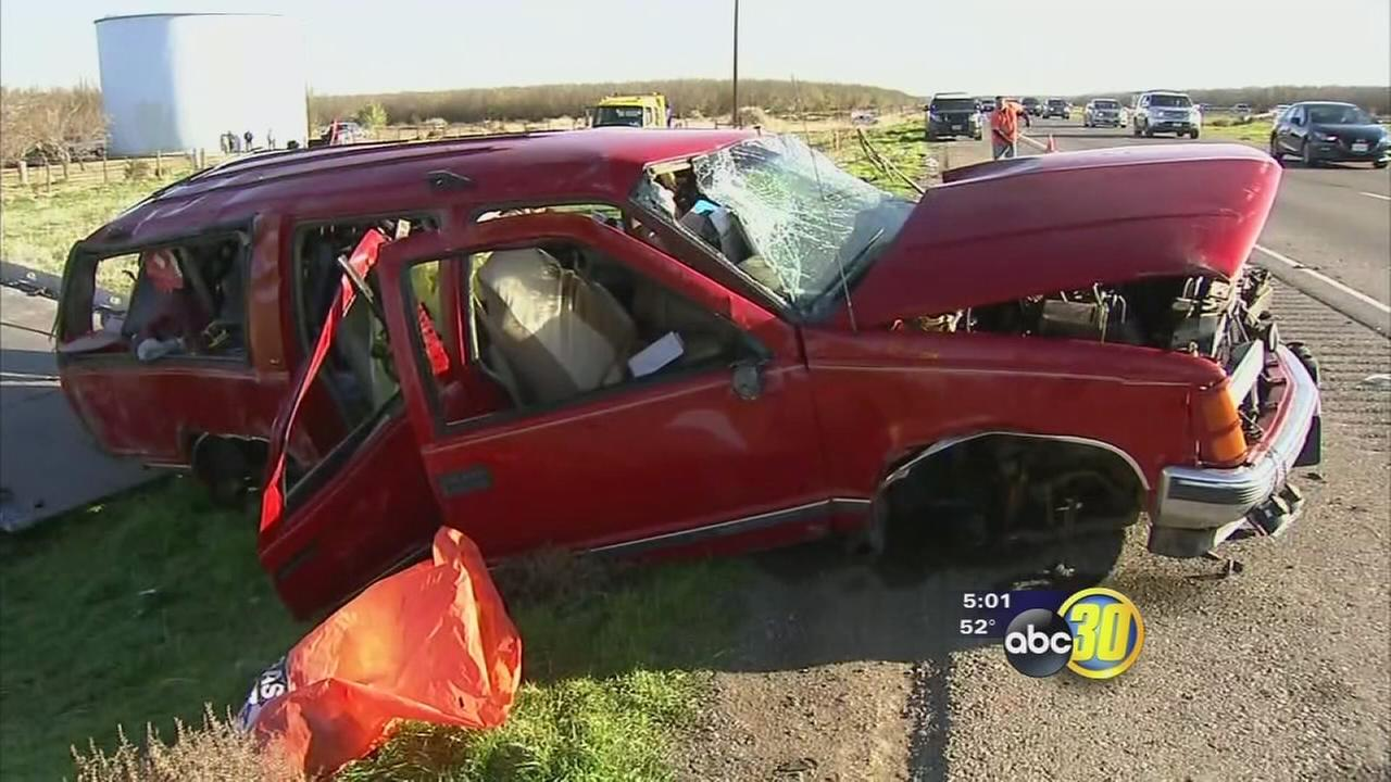 Head-on crash along I-5 leaves one dead in Fresno County