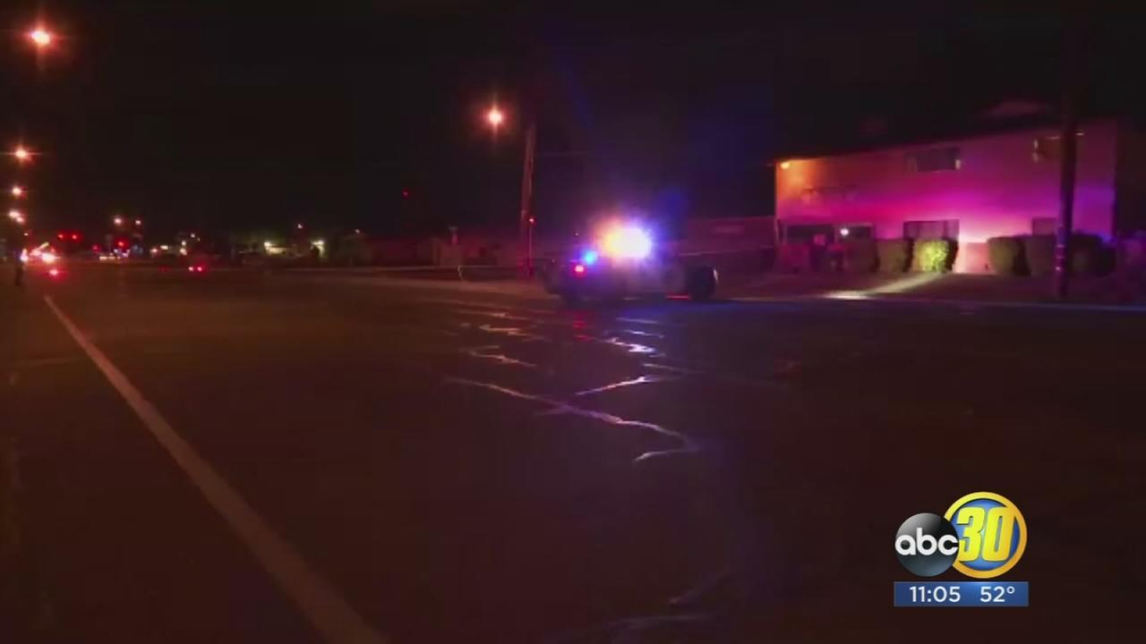 Police looking for suspects after shooting in Central Fresno leaving 1 man in critical condition