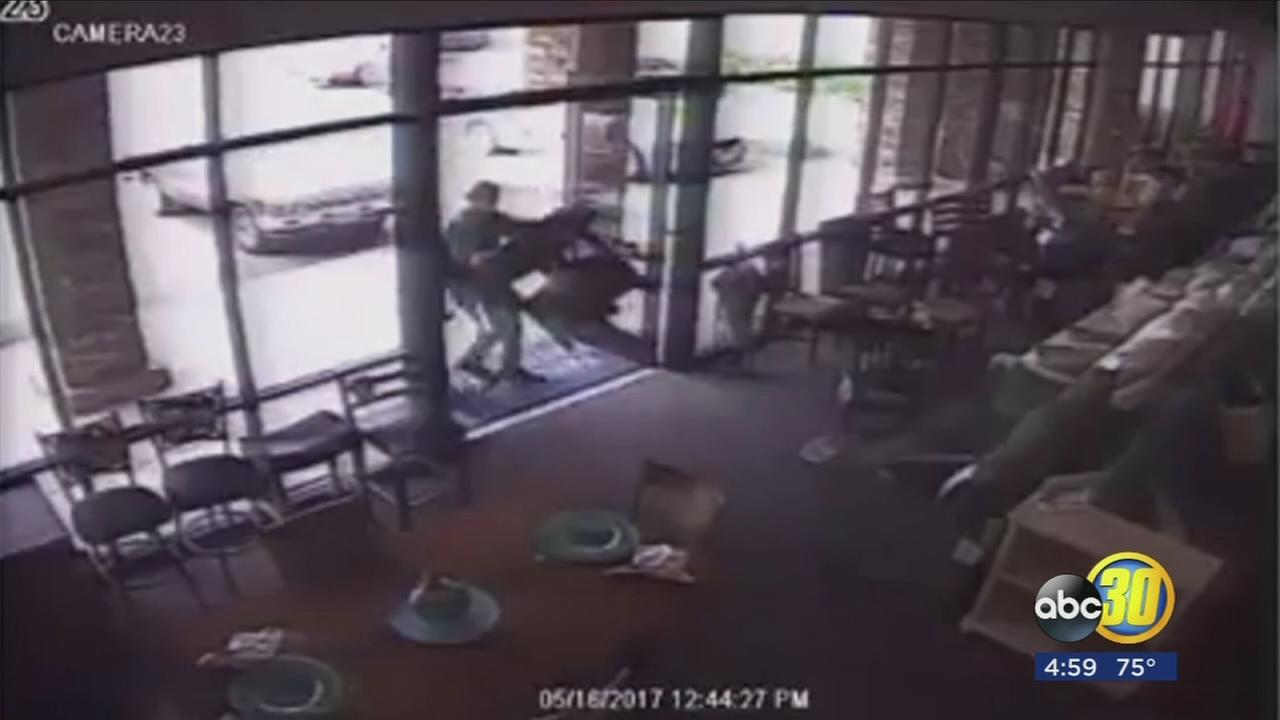 Employee stops brazen robbery at a Northeast Fresno furniture store