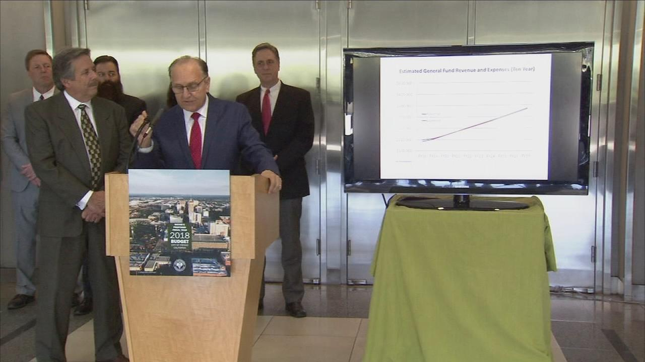 Fresno mayor unveils a new city budget promoting growth, development, and saving