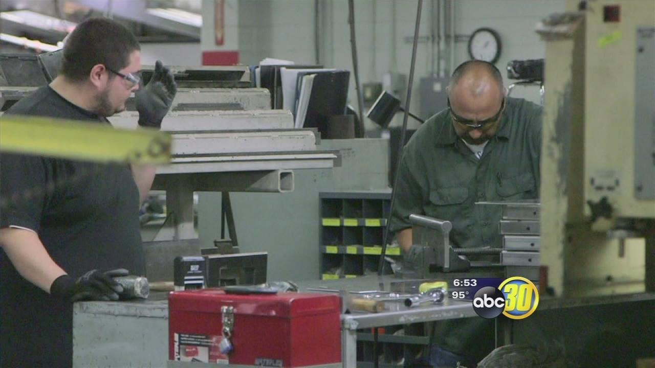 Reedley company seeks to fill manufacturing positions