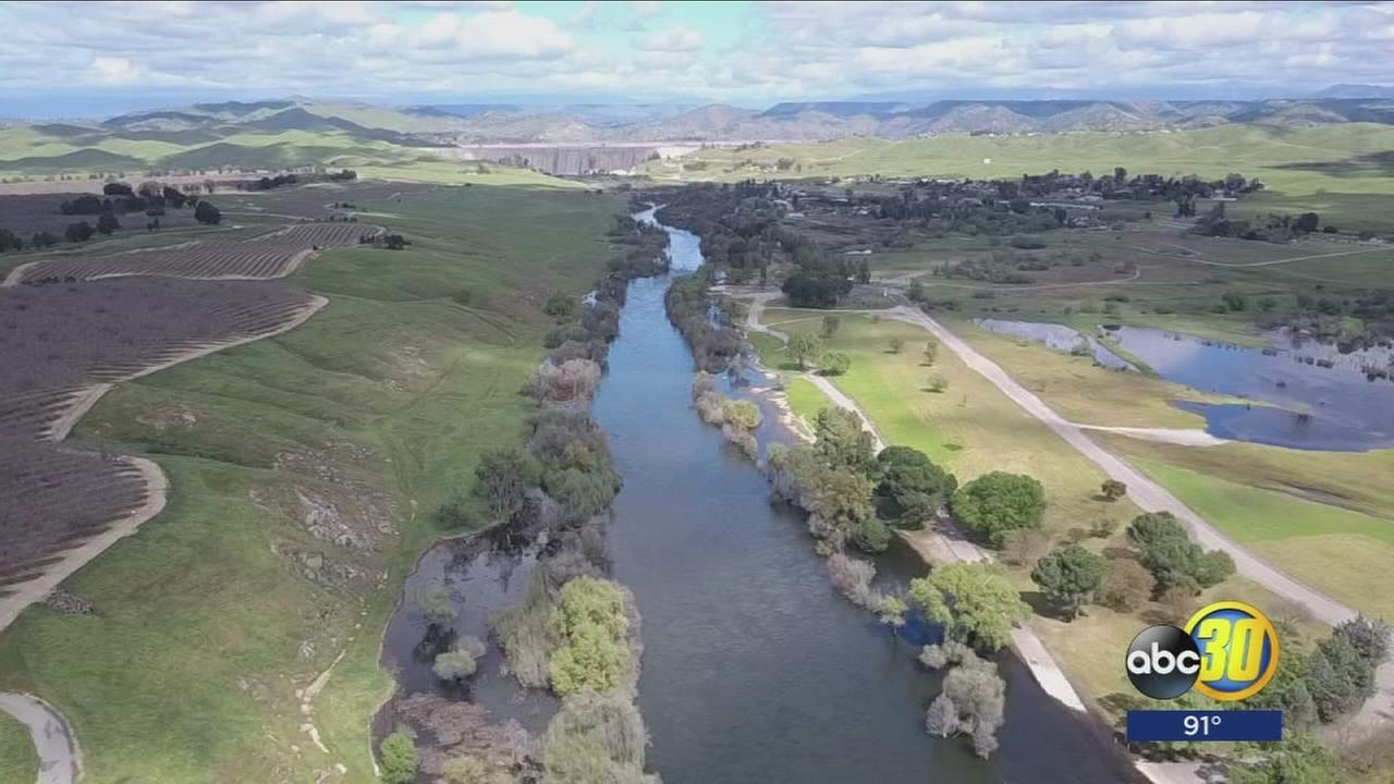 City of Firebaugh closes the San Joaquin River for at least two weeks