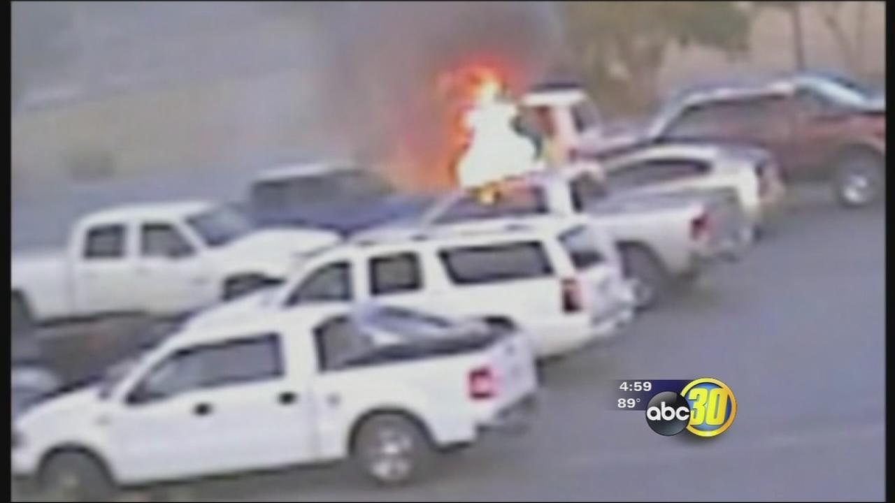 Visalia Husband And Wife Set Cars On Fire While Stealing Gas Police Say Abc30